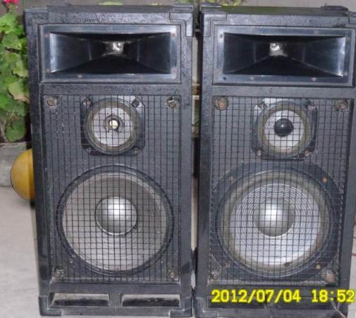 国产电吉他音箱双8寸喇叭65w100元.进口amp吉他 贝斯音箱450元.